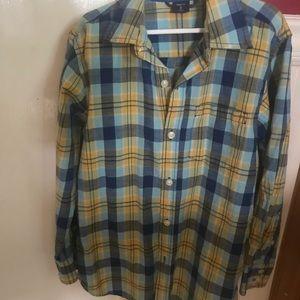 Gap Kids long sleeve patterned buttoned up shirt.